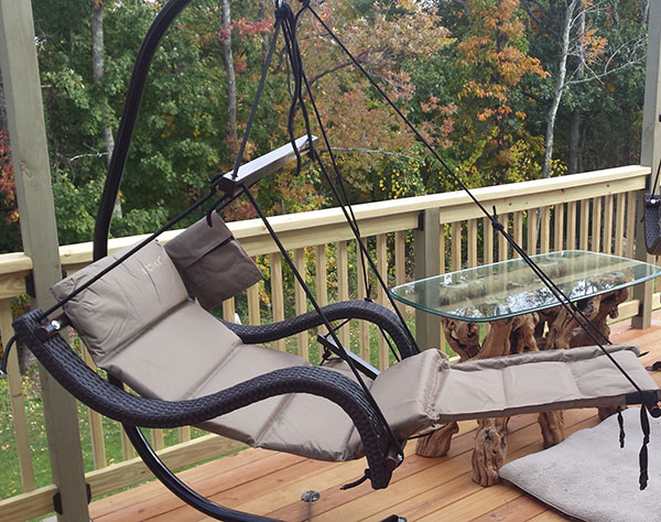 Deluxe Wicker Lounger Airchair